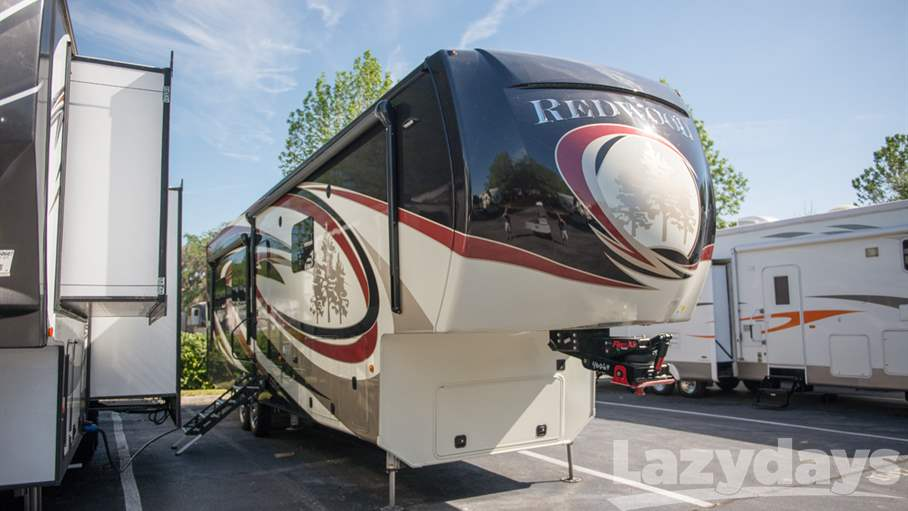 2017 Redwood RV Redwood