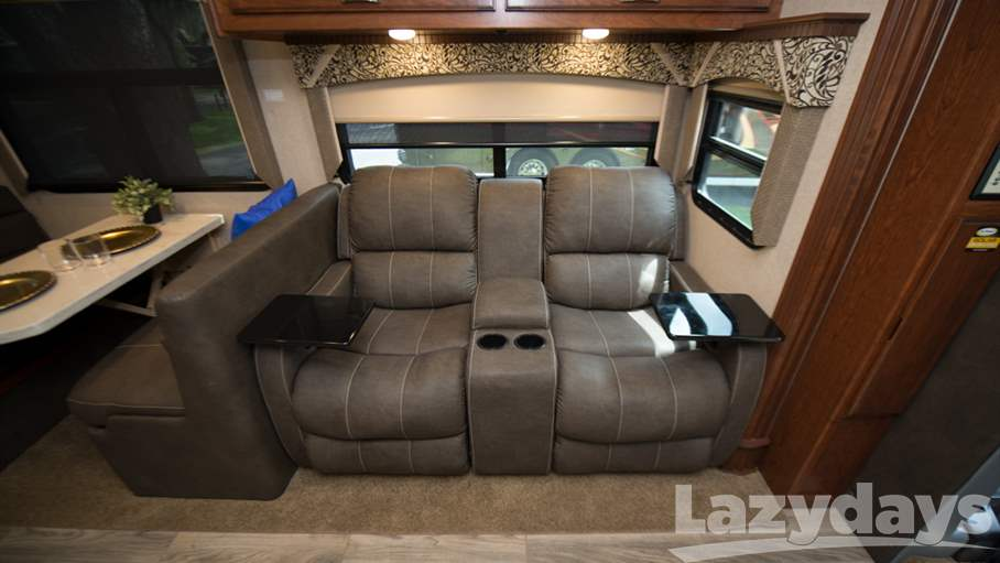 2018 Dynamax DX3 RV for sale in Tampa. Stock#1027878 Image number #1