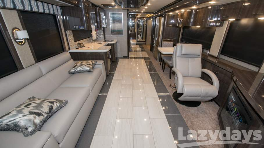 2018 American Coach American Eagle RV for sale in Tampa. Stock#21016371 Image number #1