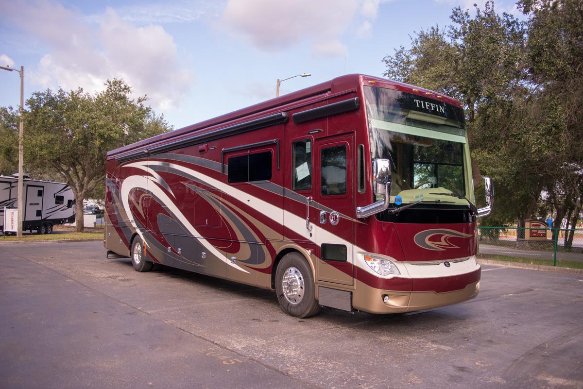 Tiffin Motorhomes 2018 Allegro Bus 21018511