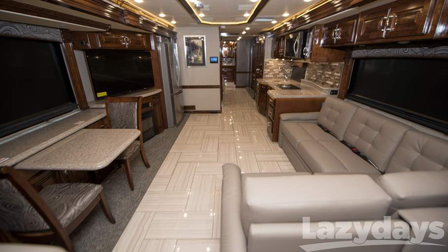 2018 American Coach American Dream RV for sale in Tampa. Stock#21016373 Image number #1