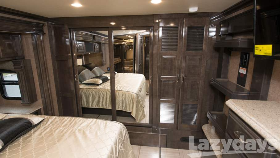2018 American Coach American Dream RV for sale in Tampa. Stock#21016251 Image number #1