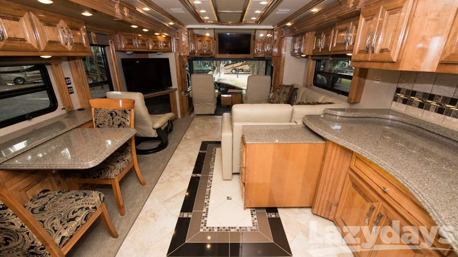 2016 American Coach American Tradition RV for sale in Tampa. Stock#CU45701 Image number #1