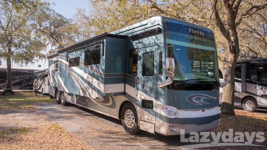2018 Tiffin Motorhomes Allegro Bus RV for sale in Tampa.