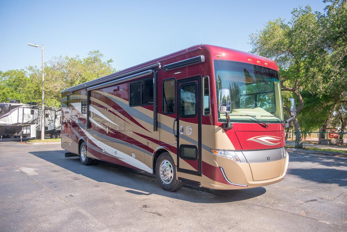 Tiffin Motorhomes 2018 Allegro RED 21023945