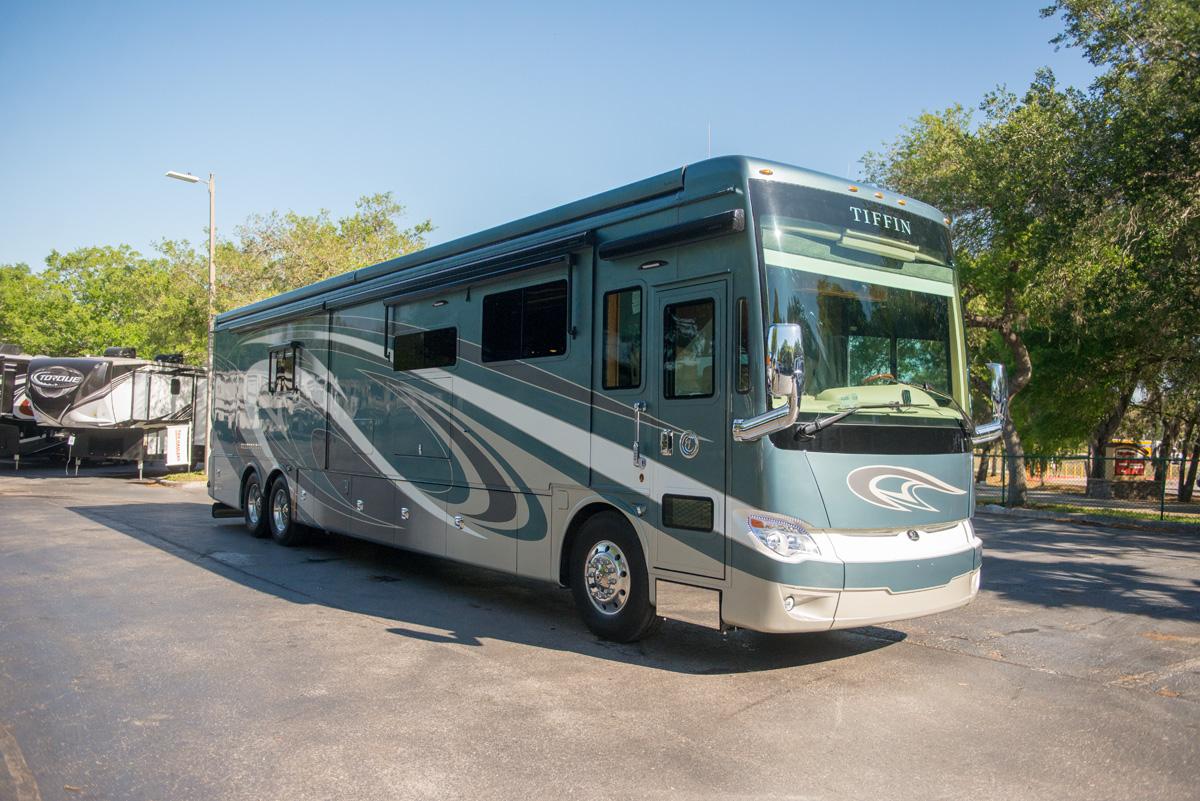 Tiffin Motorhomes 2018 Allegro Bus 21024779