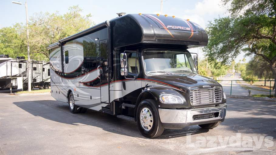 2016 Dynamax FORCE RV for sale in Tampa.