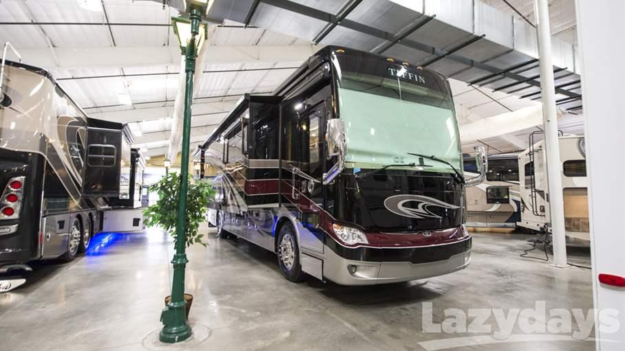 2018 Tiffin Motorhomes Allegro Bus RV for sale in Tampa.