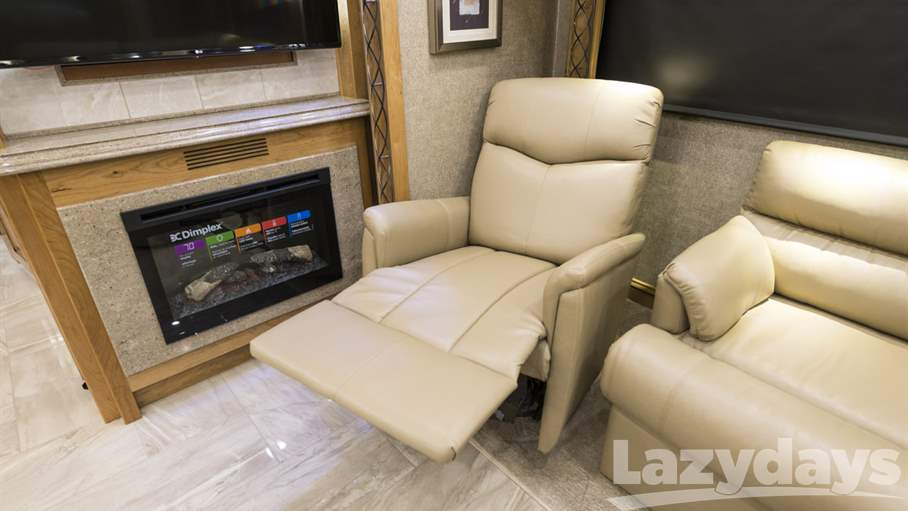 2018 Tiffin Motorhomes Allegro Bus RV for sale in Tampa. Stock#21022032 Image number #1