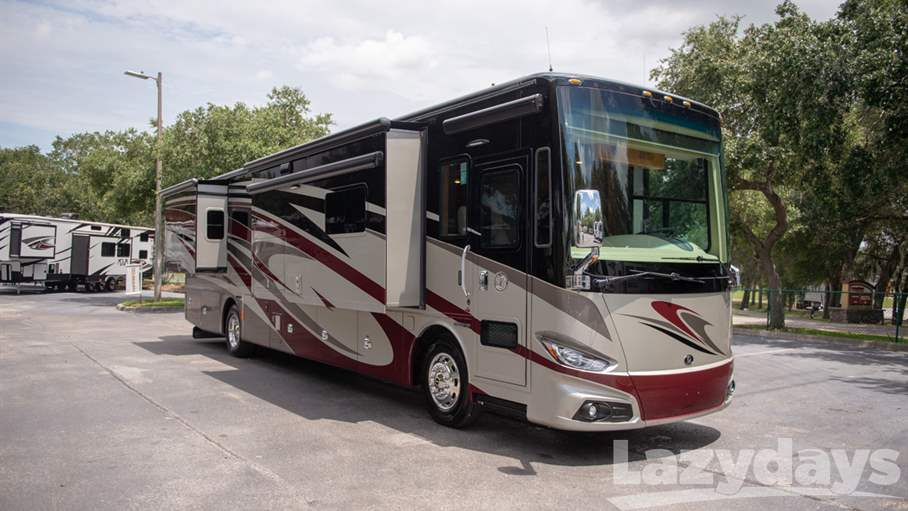 2018 Tiffin Motorhomes Phaeton RV for sale in Tampa.