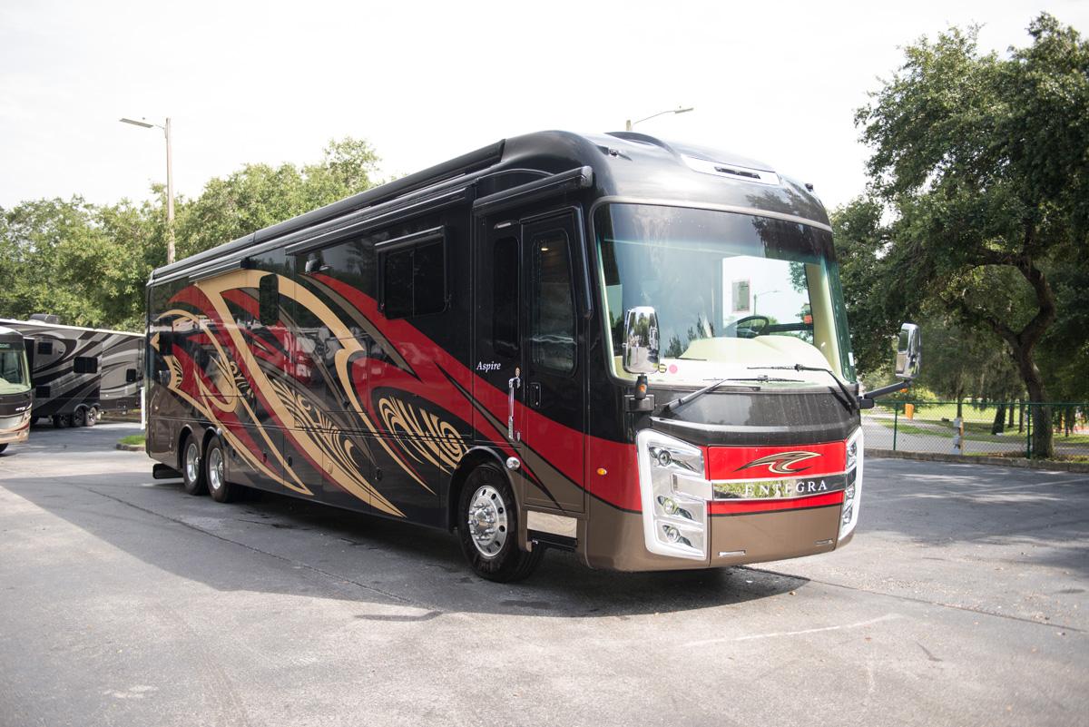Entegra Coach 2019 Aspire 21023858