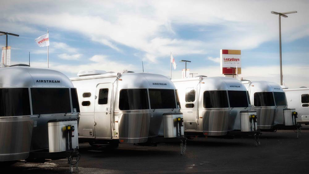 Airstream RVs in Tucson AZ at Lazydays