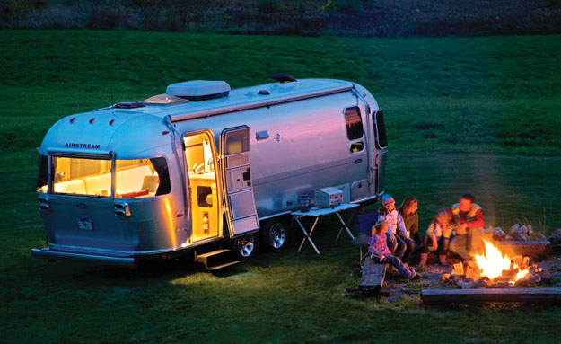Our team of RV finance specialists can help turn your RV dreams into reality.