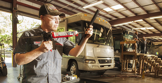 Expert RV Service and Maintenance at Lazydays