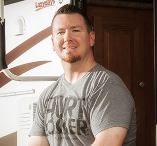 The RV sales and service experts at Lazydays impress Ryan Chisholm.