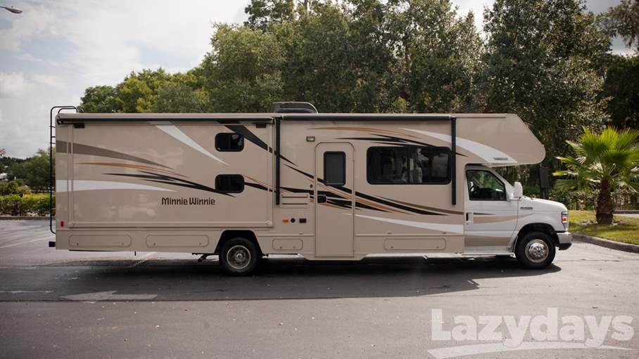 Fantastic Winnebago Forza And Itasca Solei The Forza And Solei Are New Class A Diesel Pusher Models That Can Fit In A  While The Flex Bed System Provides Additional Sleeping Space  Winnebago Minnie Winnie And Itasca Spirit The Minnie