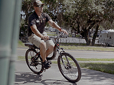 The ProdecoTech Stride 500 allows manual pedaling or is fully motorized.