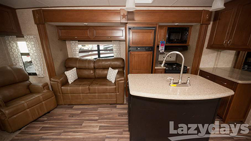 Top-quality amenities come standard inside the Open Range Roamer travel trailer.