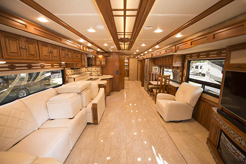 The interior amenities of the luxury Class A diesel motorhome makes the 2016 Winnebago Tour one of the most attractive to RVers.
