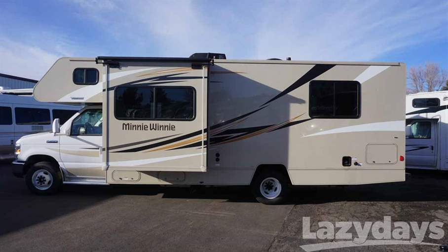Amazing Diesel Lovers Dream  The Winnebago Forza And Itasca  Familyfriendly In More Than One Way  The Winnebago Minnie Winnie And Itasca Spirit The Minnie Winnie And Spirit Product Line Also Now Features A New 31K Floorplan That