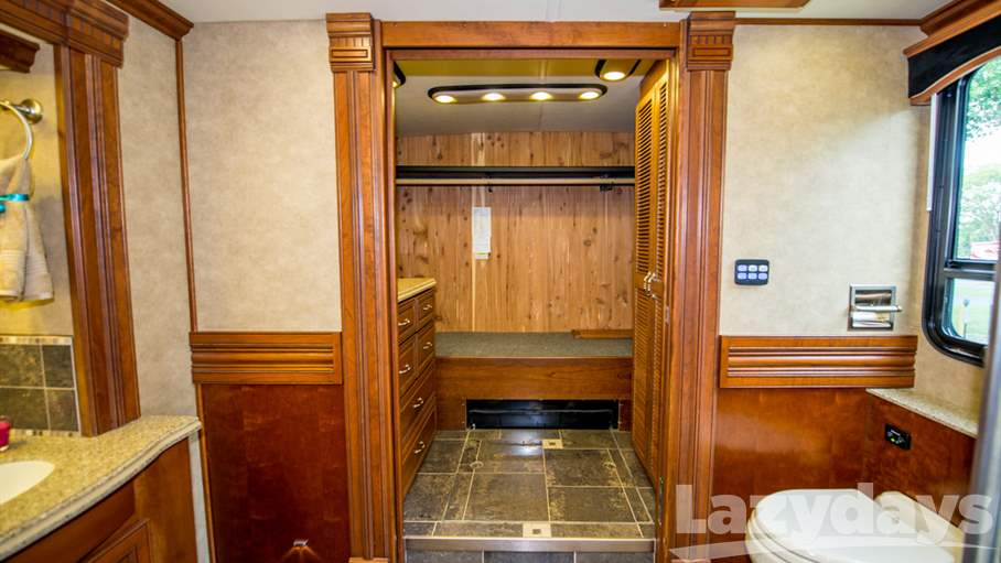 2013 American Coach American Eagle RV for sale in Tampa. Stock#U142736 Image number #1