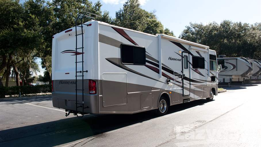 2012 thor motor coach hurricane 32d for sale in tampa fl for Thor motor coach hurricane