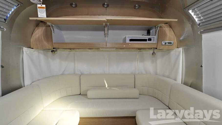 Excellent 2017 Airstream Flying Cloud 26U Twin Bed For Sale In Tucson AZ | Lazydays