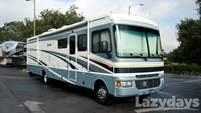 2005 Fleetwood RV Bounder