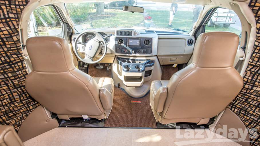 2016 Winnebago Aspect 27D