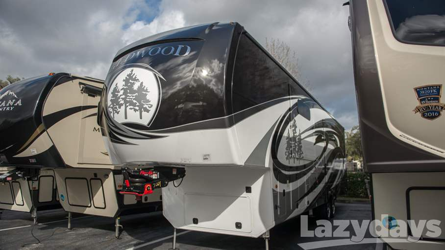 2017 Redwood RV Redwood 3901WB