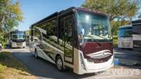 2017 Tiffin Motorhomes Breeze