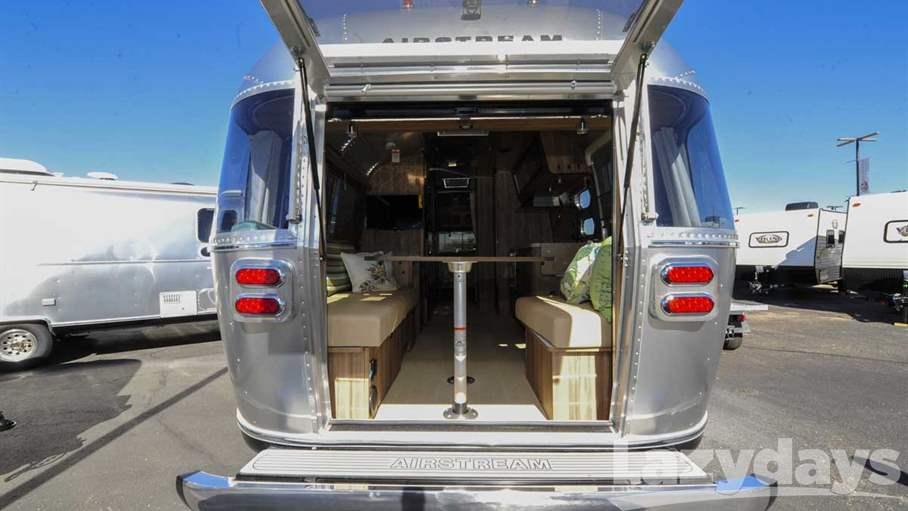 2017 Airstream Tommy Bahama 27FB