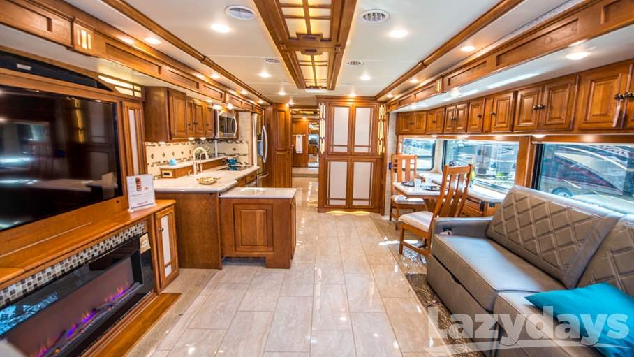 2017 Winnebago Tour 45RD