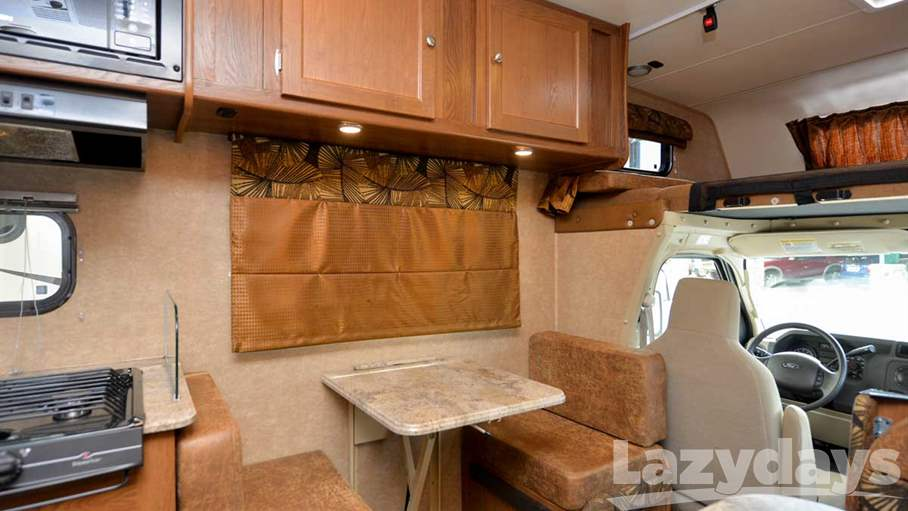 2016 Coachmen  Leprechaun 230CB