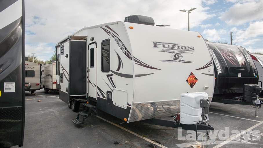 2013 Keystone RV Fuzion Series