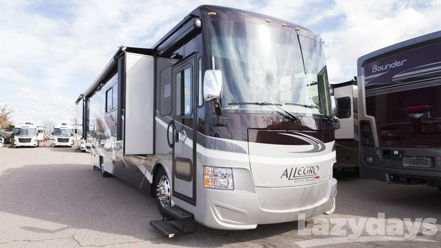 2017 Tiffin Motorhomes Allegro RED