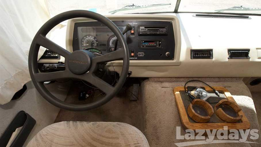 1995 Fleetwood RV Flair 30H