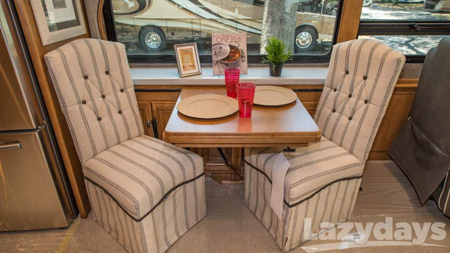 2017 Winnebago Grand Tour 42QL