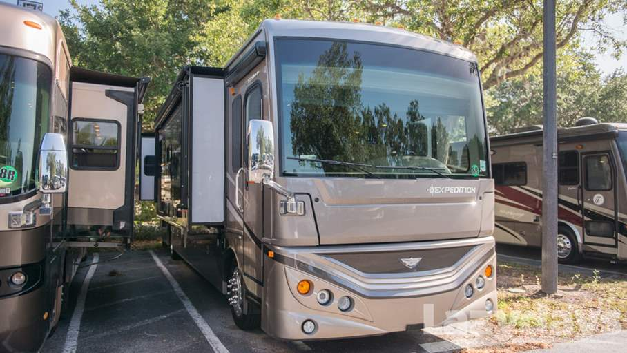 2014 Fleetwood RV Expedition