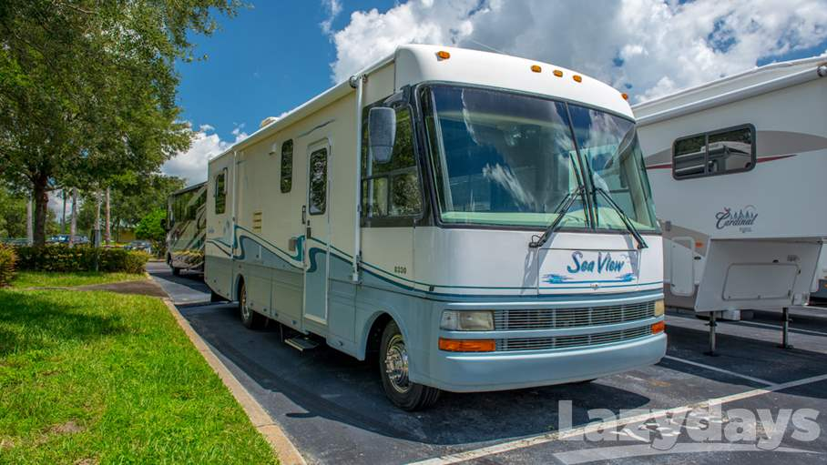 1999 National RV Sea View 31RQ