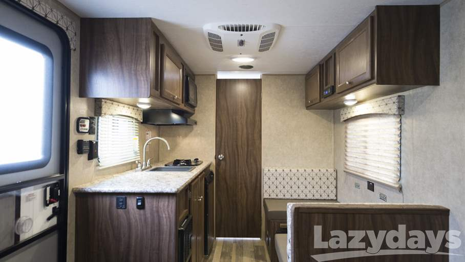 2017 Coachmen  Viking 17FQ