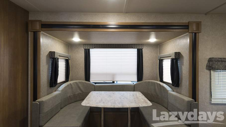 2018 Coachmen  Catalina Legacy Edition 223RBSLE
