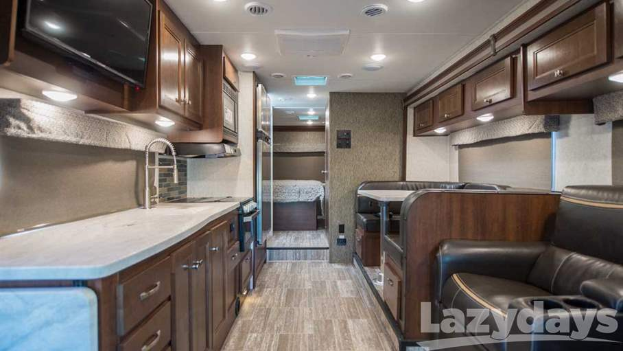 2018 Forest River  Sunseeker 3010DSF