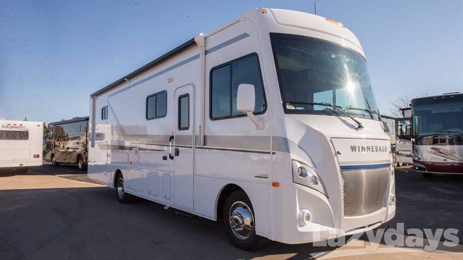 2018 Winnebago Intent 30R