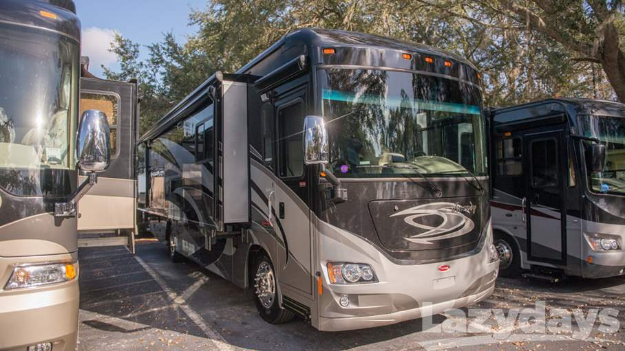 2012 Winnebago Journey 36M