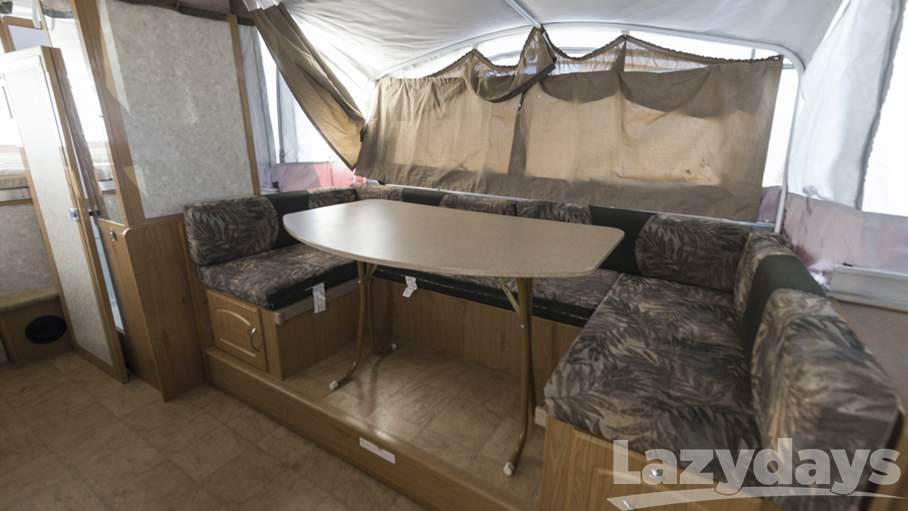 2008 Fleetwood RV Highlander Avalon Avalon