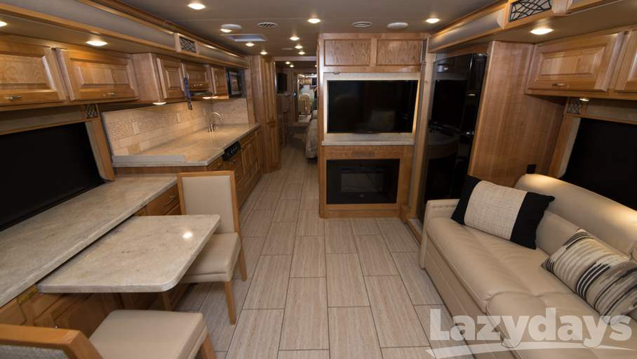 2018 Tiffin Motorhomes Breeze 33BR
