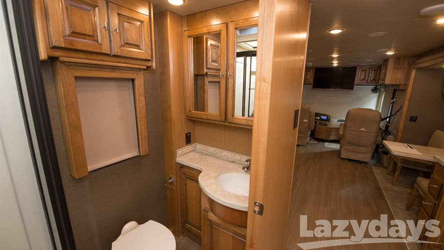 2018 Tiffin Motorhomes Allegro RED 33AA