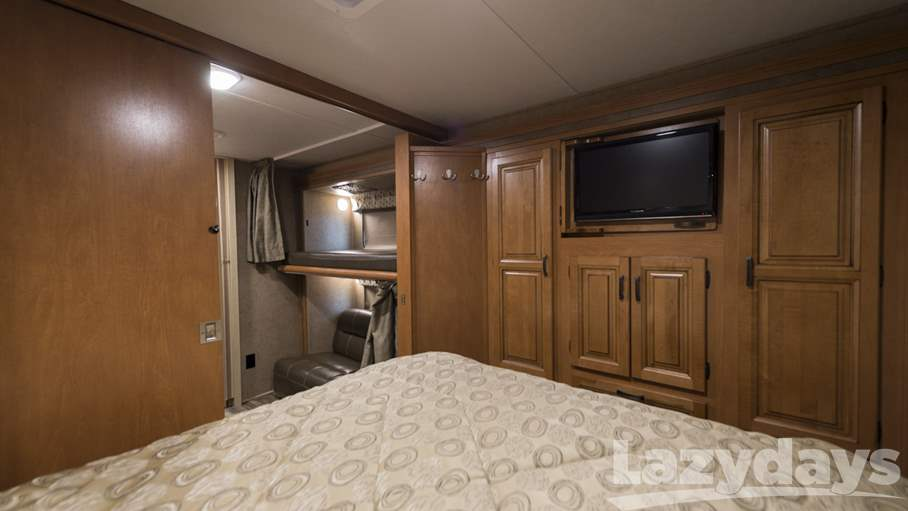 2016 Forest River  Sunseeker 3170DSF