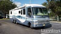 1999 Fleetwood RV Pace Arrow Vision
